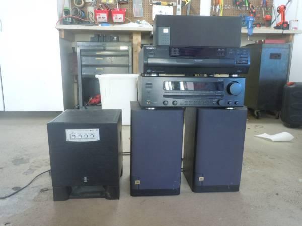 Photo Kenwood Surround Sound ReceiverDisk player and Speakers - $200 (Bonita Springs)