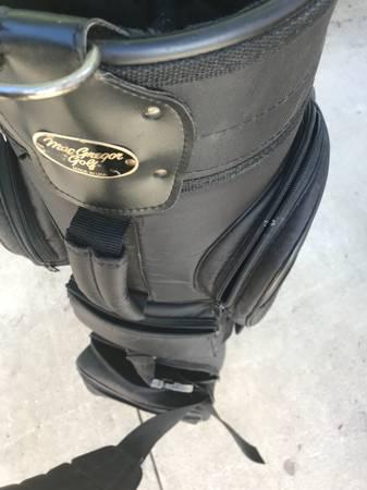Photo MAC GREGOR GOLF BAG  BAG BOY PUSH CART - $60 (Port Charlotte)