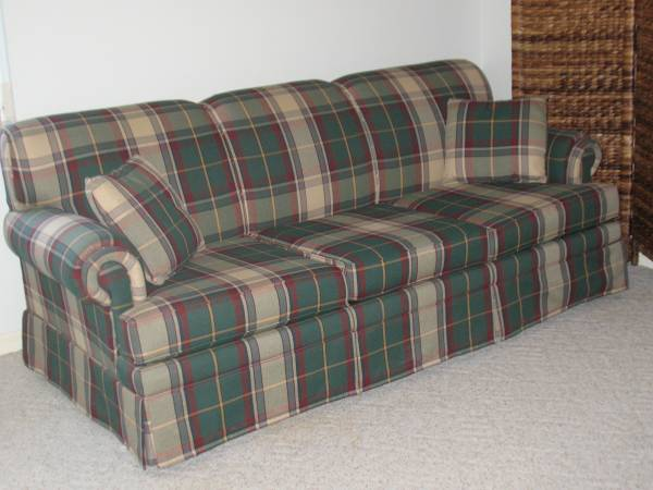 Photo Queen Size Sofa Bed - $150 (Sebring)