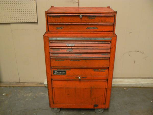 Photo Snap on roll around Tool Chest with Middle box KRA 377B KRA 429 Keys - $575 (Orlando)
