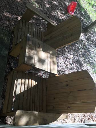 Photo Two Seater Wooden Bench - $200 (Sebring)