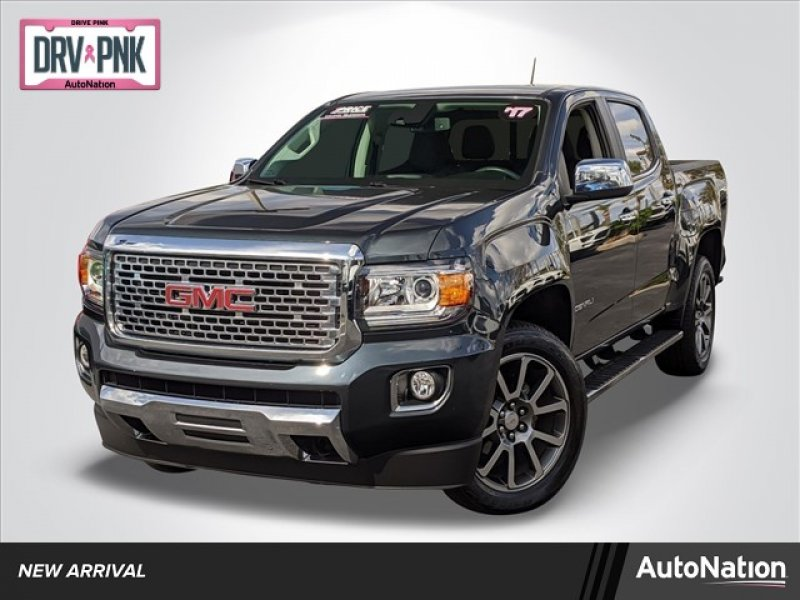 Photo Used 2017 GMC Canyon 4x4 Crew Cab Denali for sale