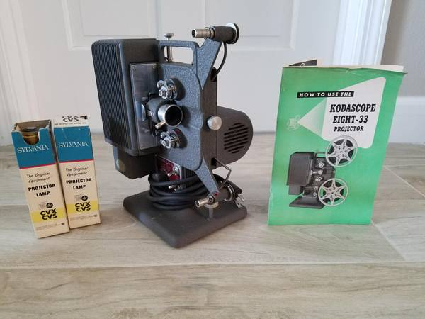 Photo Kodascope Eight-33 8mm movie projector  - $50 (St Pete Beach)