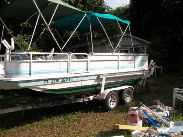 Photo hurricane fun deck boat - $5,900 (sorrento)