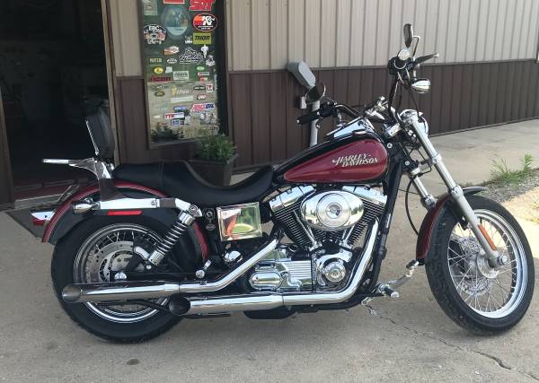 Photo 2005 Harley Davidson DYNA Low Rider - $7,995 (Sullivan, IL)