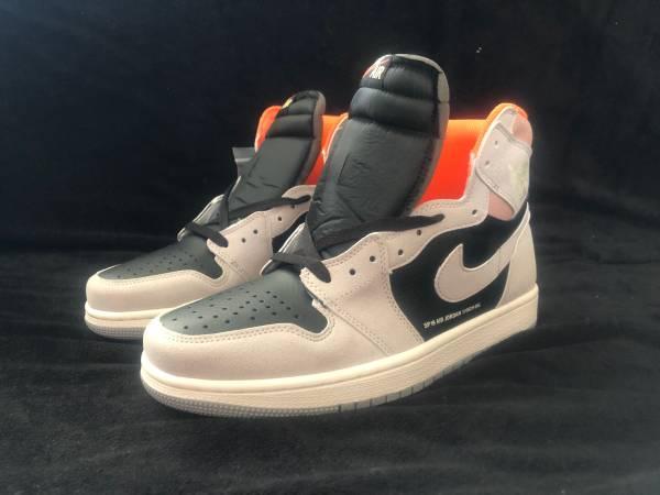 Photo 2019 Nike Air Jordan 1 Retro High OG Neutral Grey Hyper Crimson - $225 (Chaign)