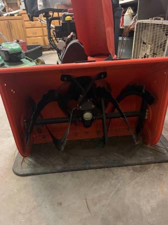 Photo Ariens snow blower - $950 (Westville)