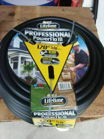 Photo Brand New in wrapper 120 ft.58 kevlar lined professional rubber hose - $50 (Watseka)