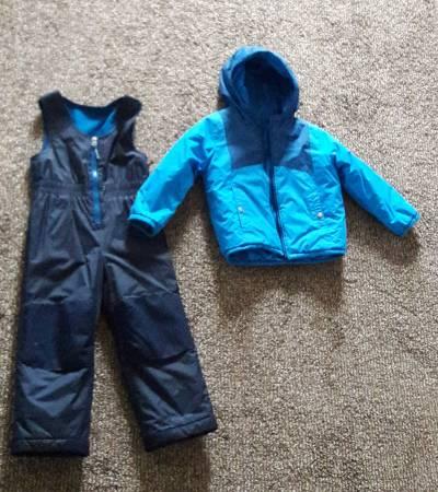 Photo Columbia Little Boys39 Toddler Double Flake Set, Marine BlueHyper Blue - $30 (Urbana)