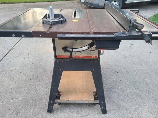 Photo Craftsman Table Saw - $150 (Urbana Il)