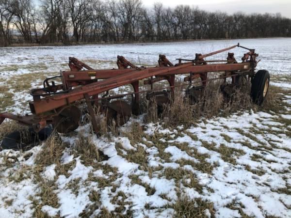 Photo International chisel plow - $700 (Penfield)