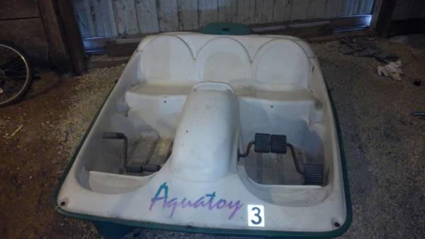 Leisure Life Limited Aqua toy paddle boat - $450 (Wellington IL