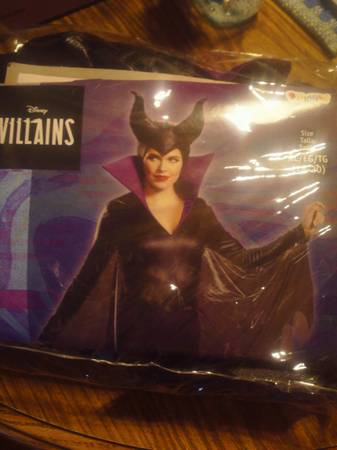 Photo Maleficent costume - $20 (Villa Grove)