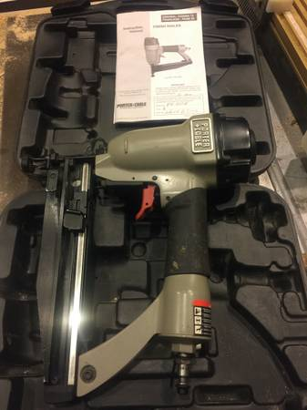 Photo Porter Cable Finish nailer with case - $60 (Rantoul)