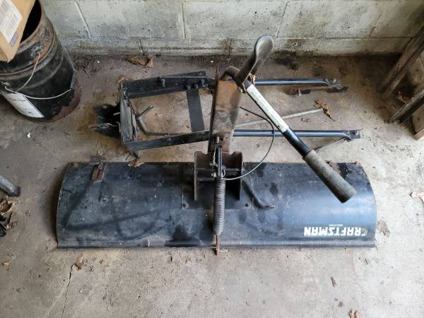 Photo Snow blade with all bracketry for Craftsman mower - $100 (Westville)
