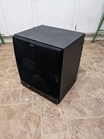 Photo Sony SA-WM40 Subwoofer - $100 (Urbana)