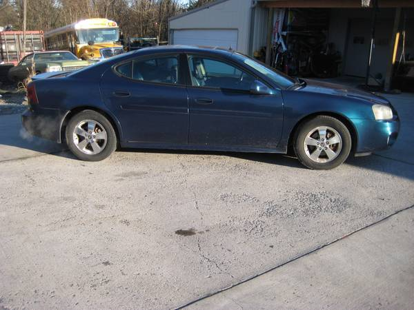 Photo 05 PONTIAC GRAND PRIX GT - $2600 (Greencastle)