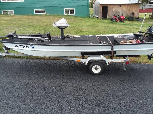 Photo 14 ft aluminum boat - $2,500 (Hanover)