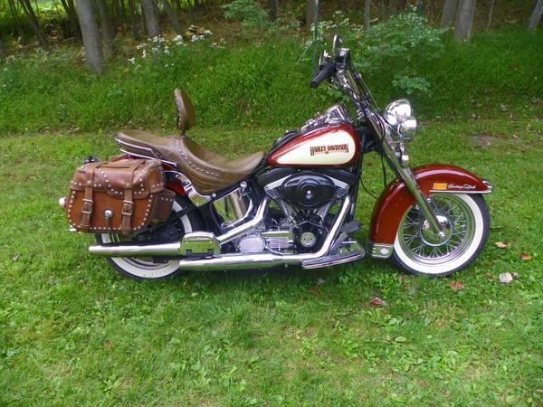 Photo 1989 Harley Davidson Heritage - $7,800 (Fort Loudon)