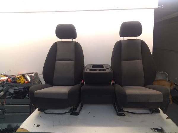 Photo 2007 Chevy Silverado truck seats-fold console2 tone blackgray - $425 (York)