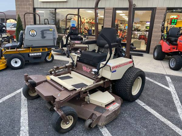Photo 2010 GRASSHOPPER MOWER 329B ZERO TURN 29HP 61quot DECK 412 HRS COMMERCIAL - $5999