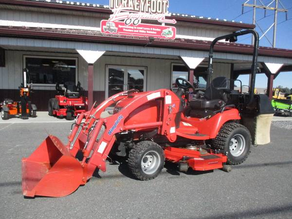Photo 2017 Simplicity Legacy tractor, loader, mower - $8,900 (Chambersburg, Pa)