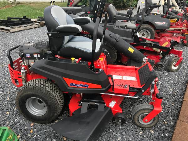 Photo 2018 SIMPLICITY COURIER 48quot ZERO TURN MOWER BRIGGS ENGINE UPDATED SEAT - $2999
