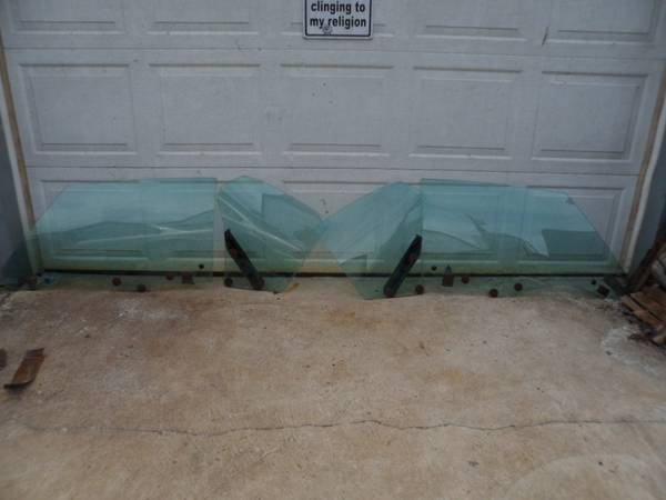Photo 70 71 72 Chevelle GTO Cutlass Monte Carlo Green tinted Air side glass - $200 (Waynesboro)