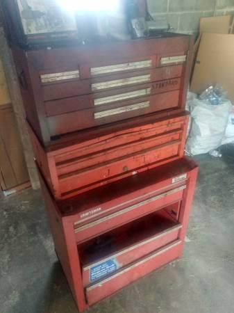 Photo Craftsman tool box - $100 (Chambersburg)