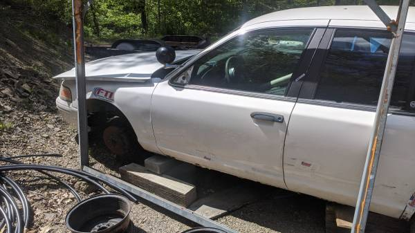 Photo Ford police crown Vic 4. 6 motor - $75 (Greencastle)