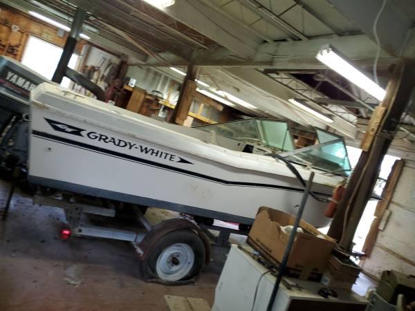 Photo Grady White 1839 Open Boat - $7,995 (Mount Airy)