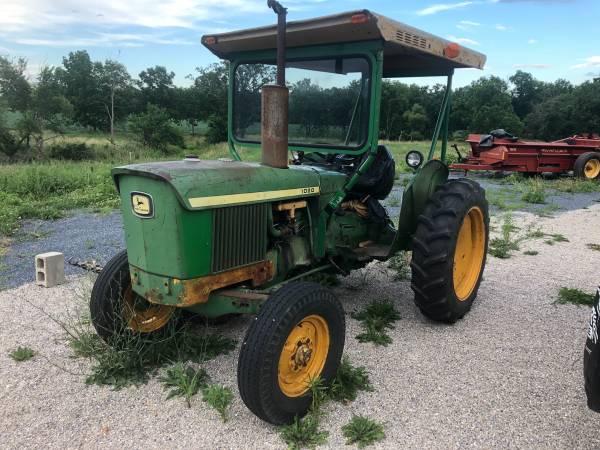 Photo John Deere 1020 gas Tractor and mower - $3,850 (Biglerville)
