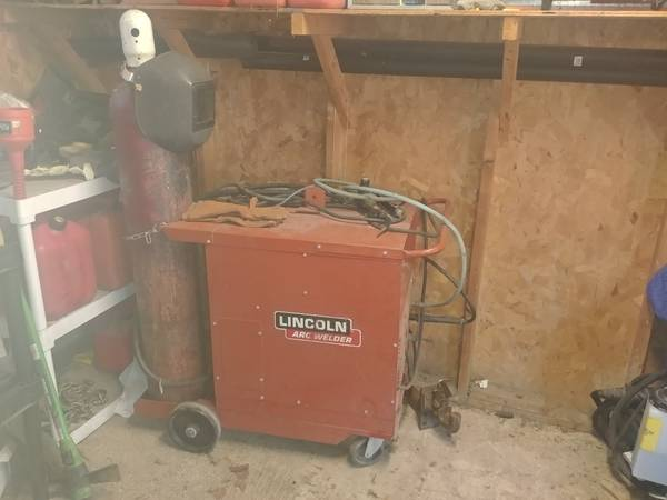 Photo Lincoln mig welder - $1,200 (Chambersburg)