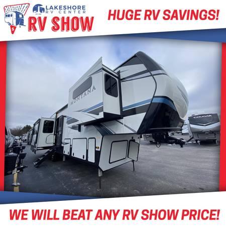 Photo Montana 3781RL 5th Wheel RV - CALL APRIL (231)638-7750 FOR SALE PRICE - $89,828
