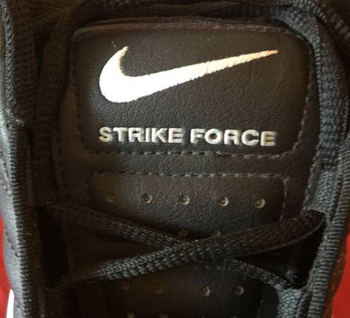Photo NIKE MEN39S FOOTBALL STRIKE FORCE CLEAT SHOES SIZE 13 PLUS REPLACEMENT - $30 (INDIANA)
