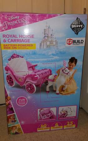 Photo New Princess Royal horse carriage girls 6v ride on toy - $140 (Chambersburg)