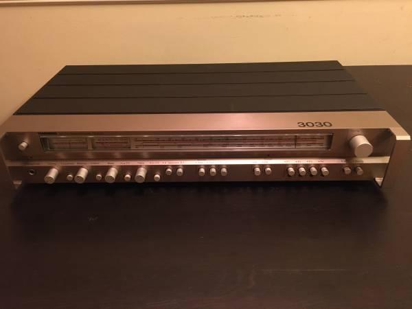 Photo Tandberg TR-3030 Am Fm Stereo Receiver - $95 (New Market MD)