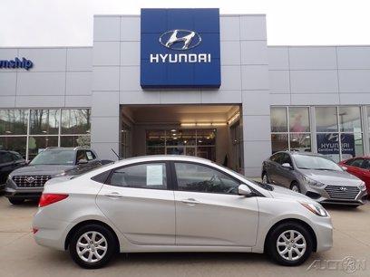 Photo Used 2014 Hyundai Accent GLS Sedan for sale