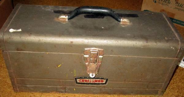 Photo Vintage CRAFTSMAN Toolbox wTray Inside Like New Outside Needs TLC - $4 (Dover PA)