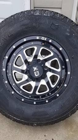 Photo Wheels and tires 6 lug Chevy GMC - $775 (Carlisleplainfield)