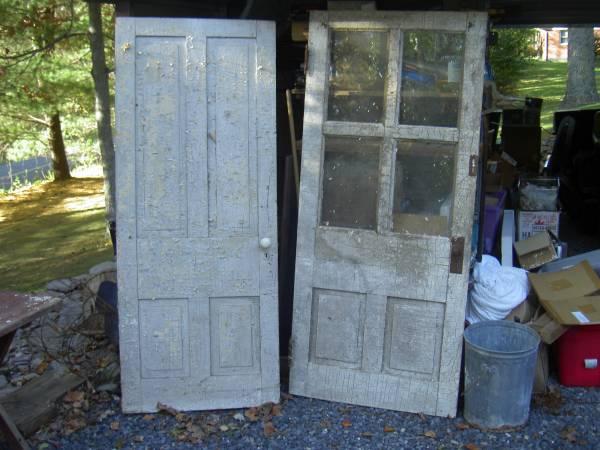 Photo vintage exterior and interior wood door - $225 (vintage exterior wood door)