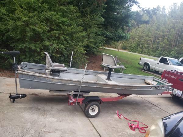 Photo 14 ft jon boat 4 sale or trade - $1,100 (MONROE)