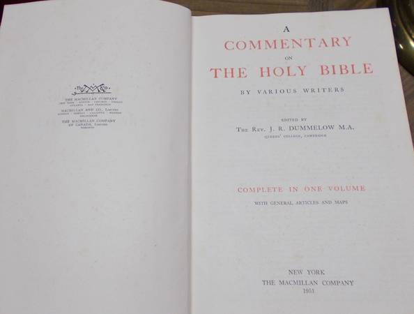 Photo 1951 Commentary of The Holy Bible - $12 (Mooresville, NC)