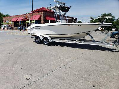 Photo 2001 Center Console Ultimate Fishing Boat - $32,000 (Myrtle Beach)