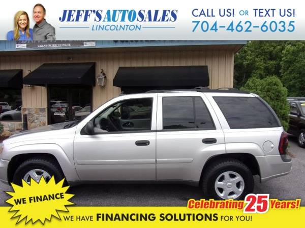 Photo 2006 Chevrolet TrailBlazer LS 4WD - Down Payments As Low As $500 (Down Payment)