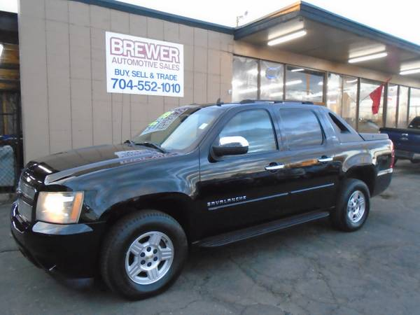 Photo 2007 CHEVY AVALANCHE LS - $8500 (SOUTH END)
