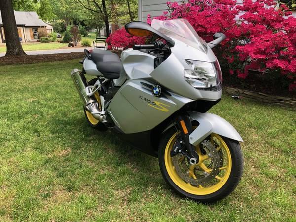 Photo 2008 BMW K1200S SUPERBIKE motorcycle - $6,500 (South Charlotte)