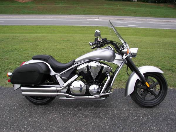 Photo 2014 Honda 1300 Interstate - $5,999 (Honda of Shelby)