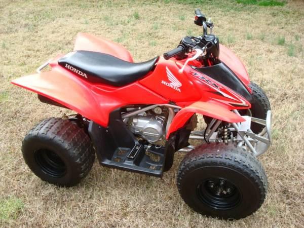 Photo 2016 Honda TRX Fourtrax 90 90cc quad 4 four wheeler Sportrax - $3,200