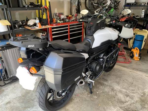Photo 2017 FJ09 Yamaha - $8,400 (Charlotte)